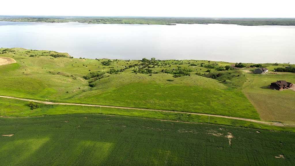 Oahe Lakefront Acreage